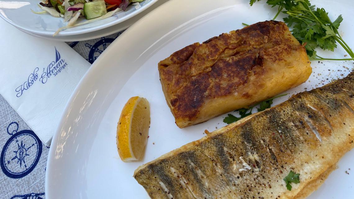Ennyit jelent árban és minőségben a vízpart: teszten a szigligeti Kikötő étterem
