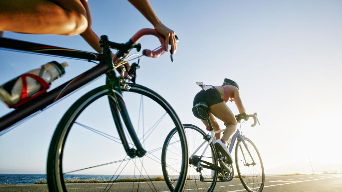 Itt aztán kihajthatod magad: elrajtol szombaton a Bringamánia Tour de Balaton