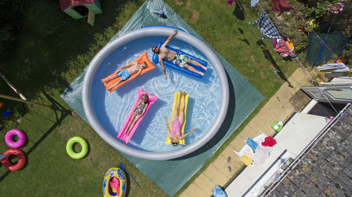 Fillérekből így pancsolhatsz otthon: mutatjuk, hogyan válassz medencét a kertbe