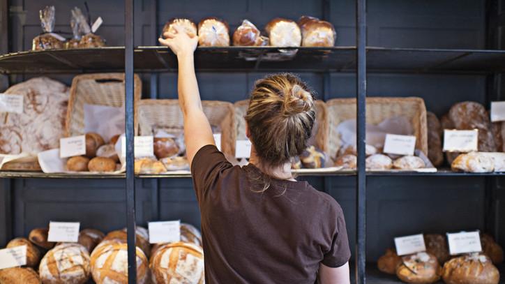 Ezért egyre drágább a magyar kenyér a boltokban: meddig tart még az árdrágulás?