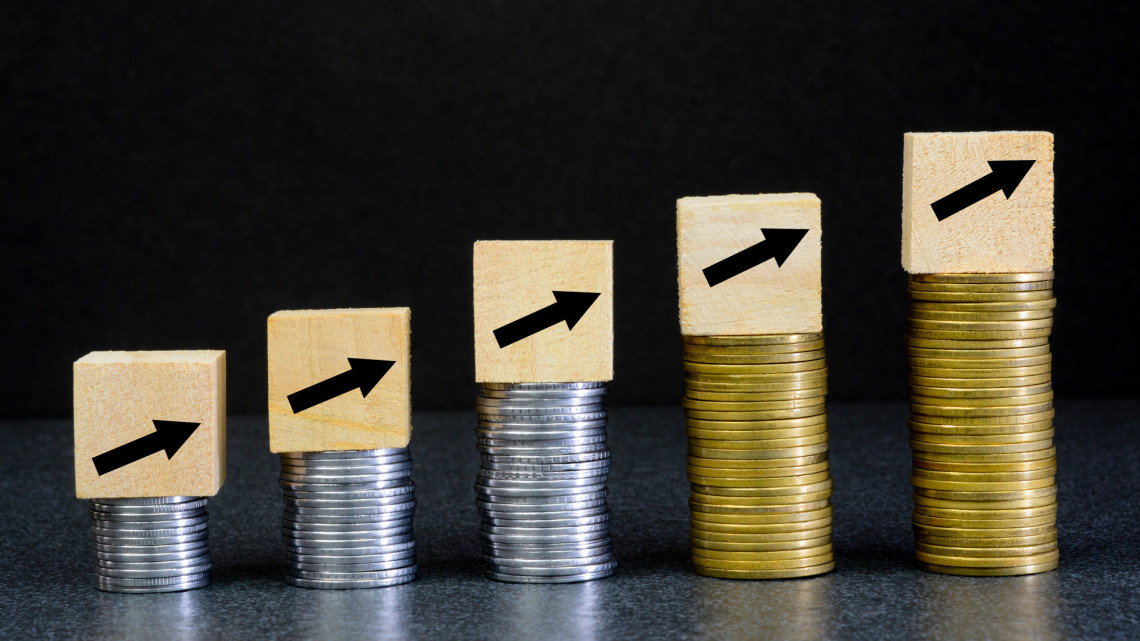 Erősödik a gazdaság: a vártnál is gyorsabban javul az országos mérleg