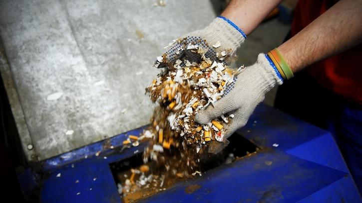 Ismét lecsapott a NAV: közel 17 ezer doboz cigarettát foglaltak le a szabolcsi faluban