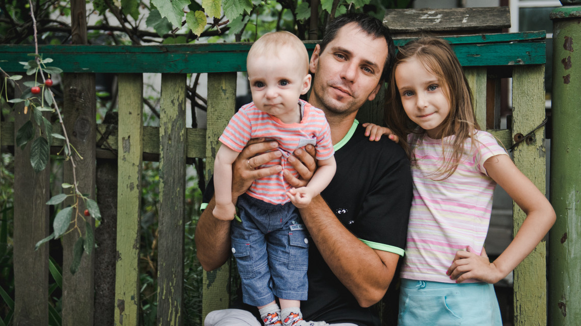 Elkeserítő kilátások: egyre több a dolgozó magyar, akikre csak a szegénység vár