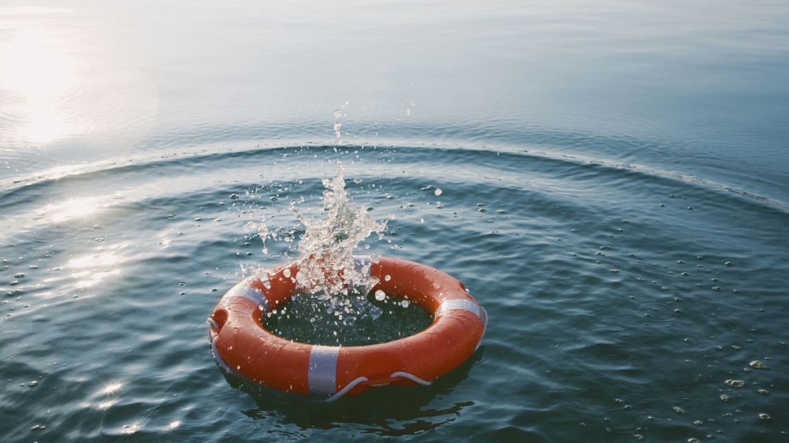 Tragikus áldozatot szedett a kánikula: vízbe fulladt egy 9 éves kisfiú Hajdú-Biharban