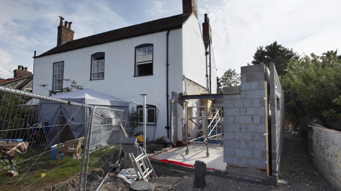 Horror az építőiparban: a milliós drágulások miatt elviekben még kártérítést is járhat
