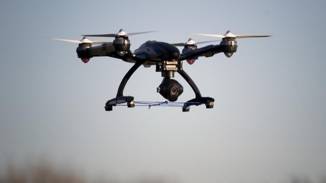 Ez aztán a meglepő kísérlet: drónokat vetnek be a hatékony termelésért