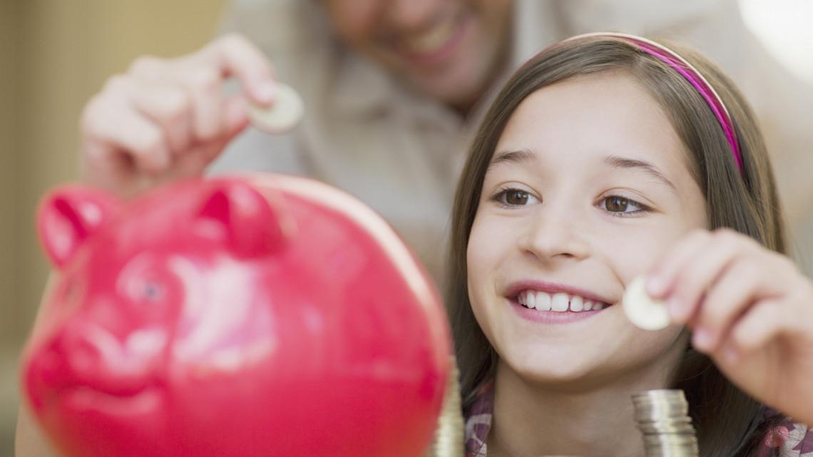 Nagyon nem mindegy, mennyi zsebpénzt kap a gyerek: ezt sok szülő elrontja