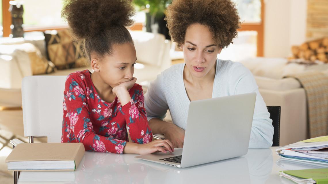 Nagyon nem mindegy, hogy bánik a pénzzel az iskolás: beválhat a közös költségvetés
