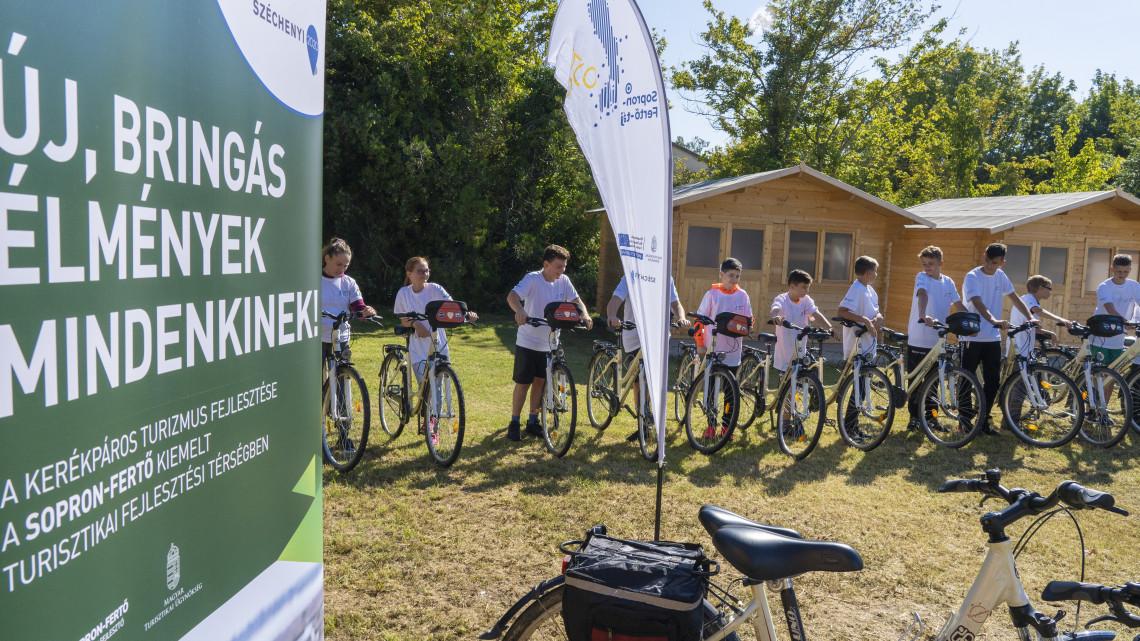 Sokan fognak neki örülni: milliókból újult meg számos kerékpárút a térségben