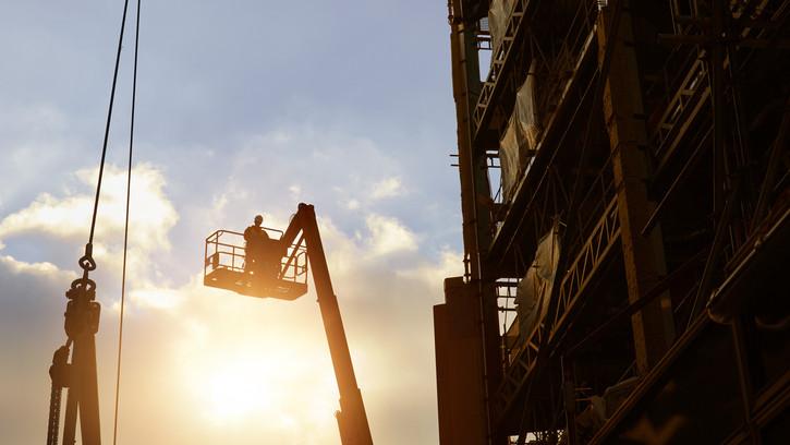 Lehet pályázni, épülhetnek az újabb munkásszállások: több mint 10 milliárd forint jut rá