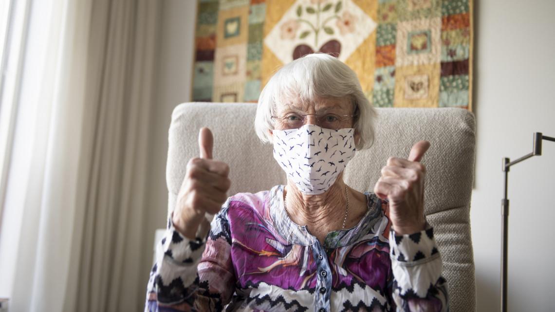 Ez lehet a megoldás a nyugdíjkatasztrófa ellen: milliókhoz juthatnának az idősek