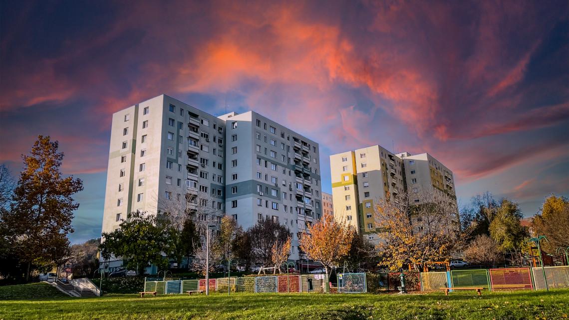 Nem jó hír a lakáspiacról: ellentmondásos időszak következik vidéken is