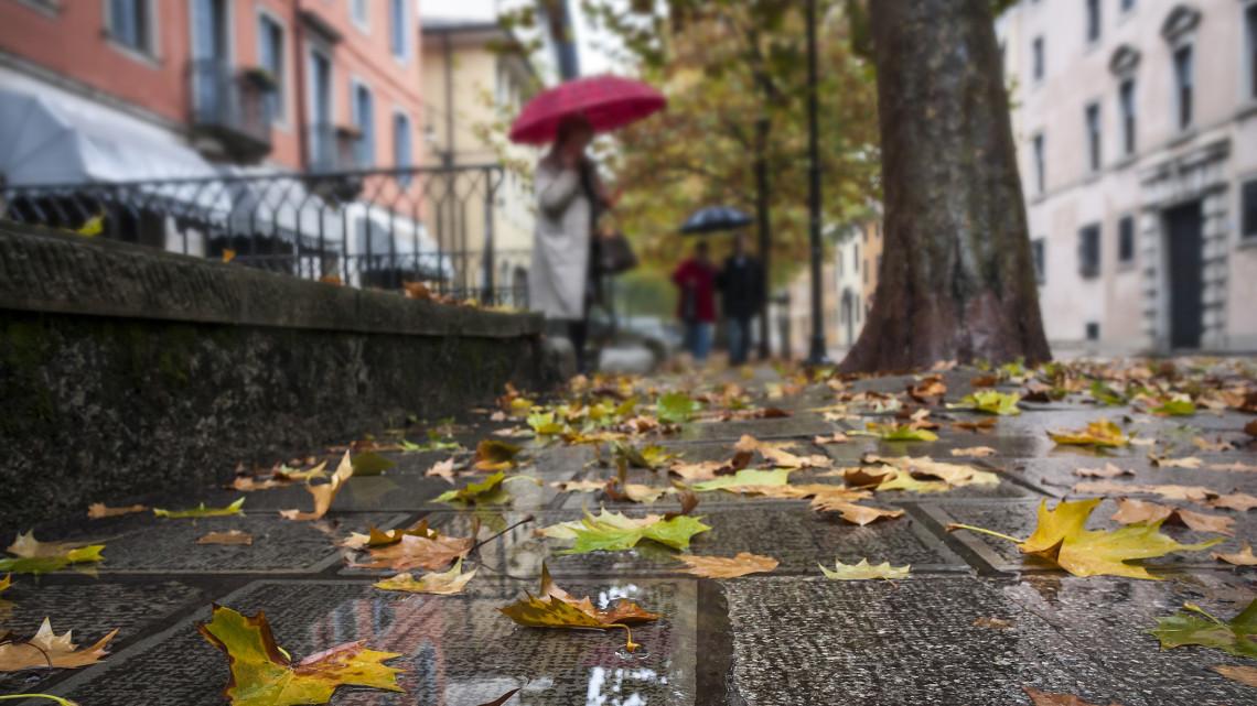 Intenzív esővel, zivatarokkal érkezik itt az ősz: talajmenti fagyokra is számítsunk