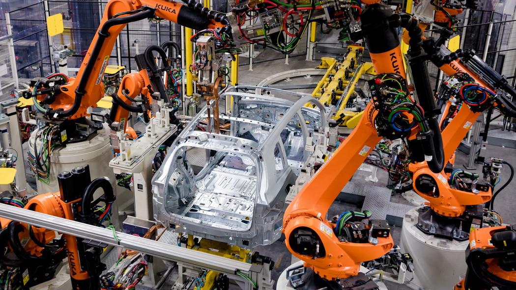 Megfizethető lesz itthon is a járműcsoda: elkészült az első hazai elektromos autó