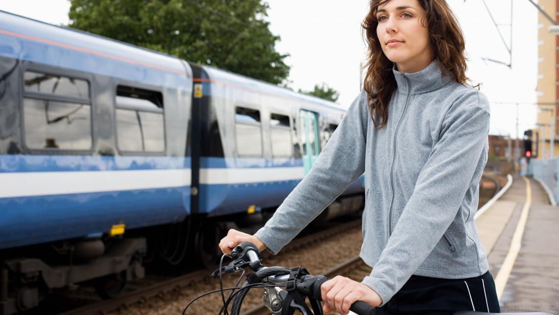 Őrült sok magyar utazik ezekre a helyekre: hétfőtől a kerékpárjukat is vihetik