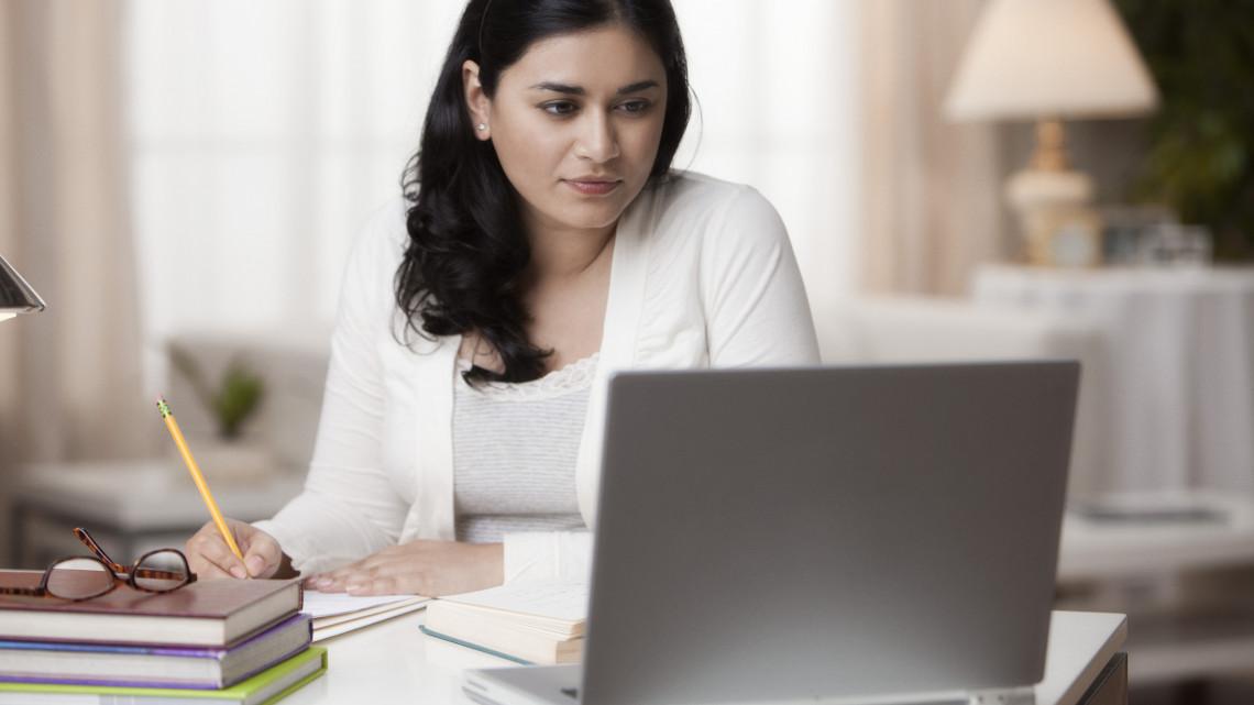 Előnyt jelent a munkahelyen: új számítógépes ismereteket tanulhatunk